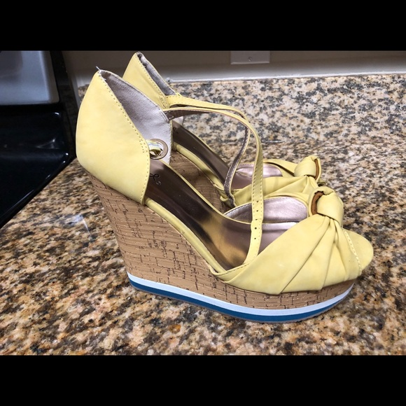 Qupid Shoes - Qupid Yellow/White/Blue Wedges